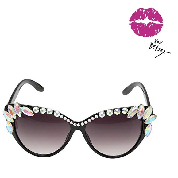 3917287eee9c Betsey Johnson Accessories - Betsey Johnson Shiny Jewel Black Frame  Sunglasses